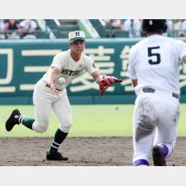 小園海斗(C)日刊ゲンダイ 【小園海斗】小園海斗のバッティングの本質は「ホームラン打者」だ|野球