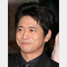 ドラマで共演した和久井との電撃婚が話題に(C)日刊ゲンダイ