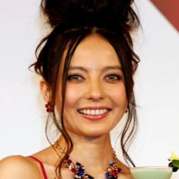 MAKIDAIとの熱愛報道も…/(C)日刊ゲンダイ