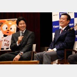 東海大で公開セミナーをする原監督と菅野/(C)日刊ゲンダイ