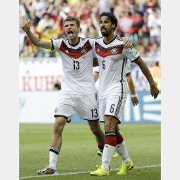 ドイツ選手は大迷惑…/(C)AP