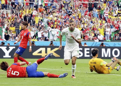 韓国はアルジェリアに惨敗/(C)AP