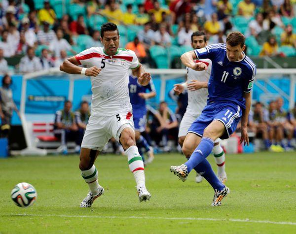 イラン戦でゴールを決めたボスニア・ヘルツェゴビナのジェコ/(C)AP