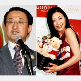 平井知事(左)とゴディバの04年バレンタイン・イベント(壇蜜)/(C)日刊ゲンダイ