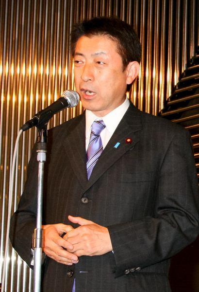 塩崎厚労相はGPIF改革積極派/(C)日刊ゲンダイ