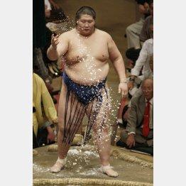 192センチの巨漢/(C)日刊ゲンダイ