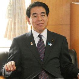 下村博文・文科相 安倍首相との近さで留任した右派の中核