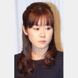 小保方さんは再現実験の真っ最中/(C)日刊ゲンダイ