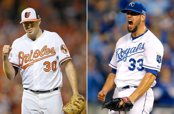 シールズ投手(右)とティルマン投手/(C)AP