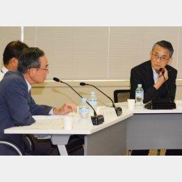 原子力規制委の田中俊一委員長(右)/(C)日刊ゲンダイ