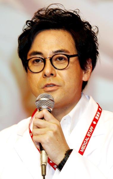演技が光った鈴木浩介/(C)日刊ゲンダイ