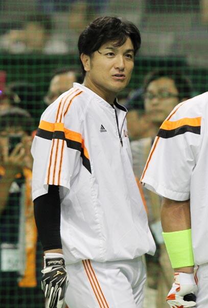 来季は打撃コーチ兼任が決まっているが…/(C)日刊ゲンダイ