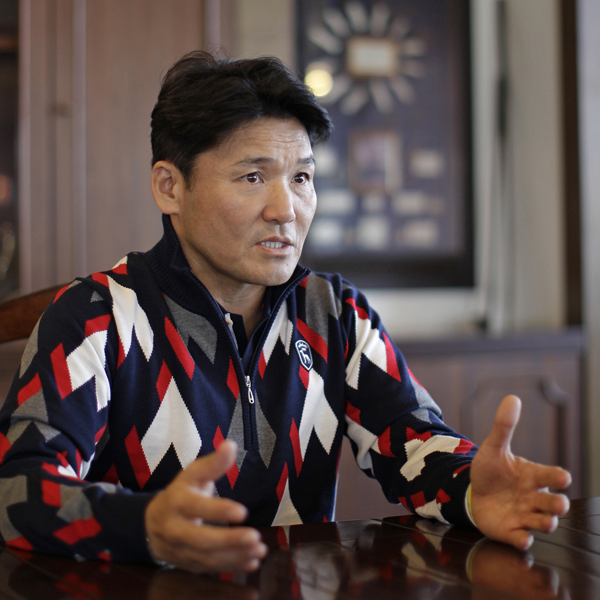 ツアーの現状に丸山プロも「責任を感じる」と語った/(C)日刊ゲンダイ