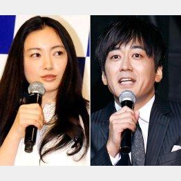 司会の仲間由紀恵と安住アナ/(C)日刊ゲンダイ