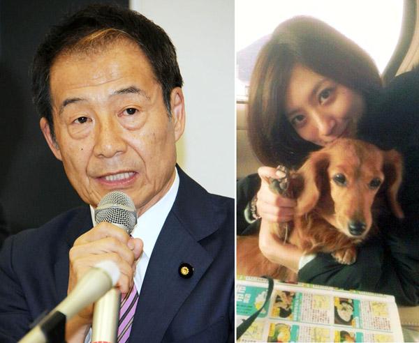 真山氏と笹崎里菜さん(本人のツイッターから)/(C)日刊ゲンダイ