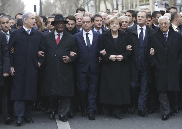 各国首脳が連帯した/(C)AP