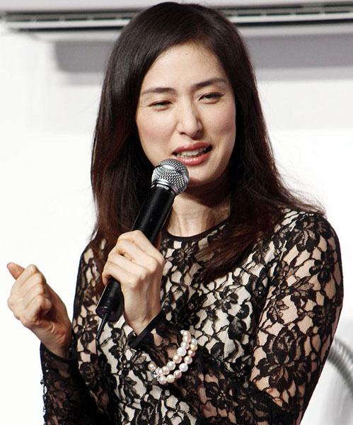 宝塚退団20周年の節目の年/(C)日刊ゲンダイ