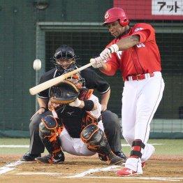 昨季史上63人目のサイクル安打を達成したロサリオ/(C)日刊ゲンダイ