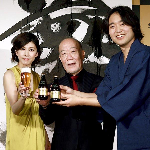 左から竹内結子、久石譲、武田双雲(C)日刊ゲンダイ