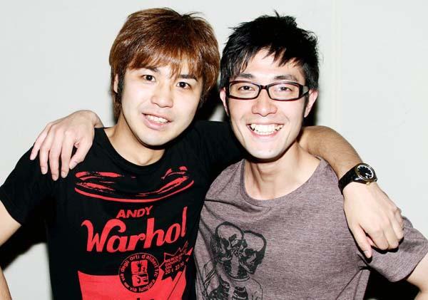 森田悟(左)と大和一孝(C)日刊ゲンダイ