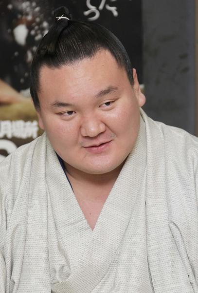 「終わったこと」と幕引き図った白鵬(C)日刊ゲンダイ