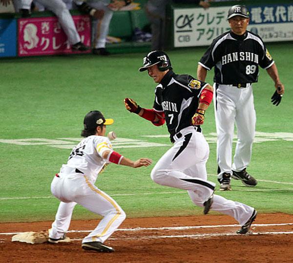 14年の日本シリーズは変な負け方をしたが…(C)日刊ゲンダイ