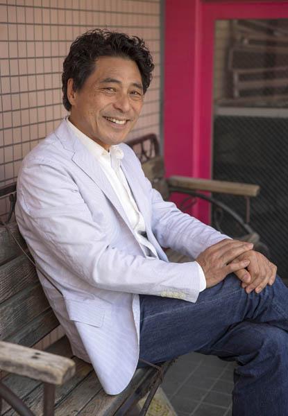 「加藤健一事務所」は今年35周年(C)日刊ゲンダイ