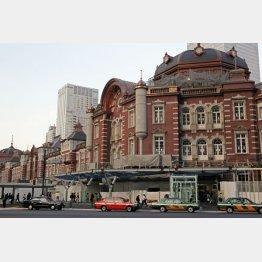 東京駅は昨年12月に大混乱に陥った(C)日刊ゲンダイ