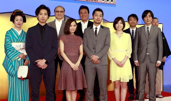 主要キャスト10人で制作発表会見(C)日刊ゲンダイ