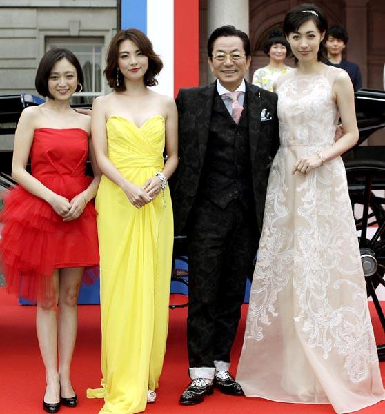 映画「王妃の館」完成披露イベントに登場した水谷豊(C)日刊ゲンダイ