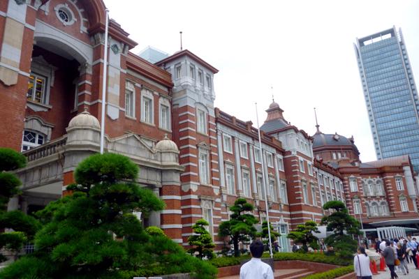 復元された東京駅赤れんが駅舎(C)日刊ゲンダイ