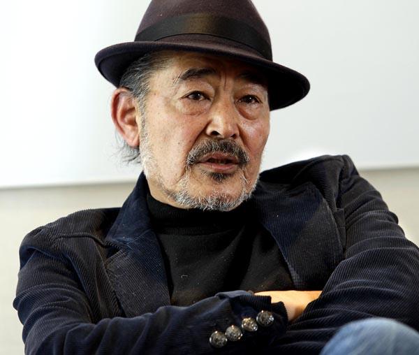 主演の藤竜也(C)日刊ゲンダイ