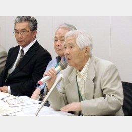土屋源太郎氏(右)は激怒(C)日刊ゲンダイ