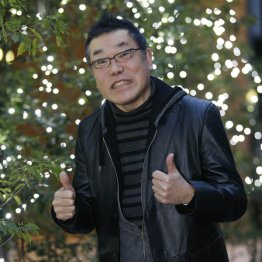 桂雀々さんは東京に拠点を移して4年目(C)日刊ゲンダイ
