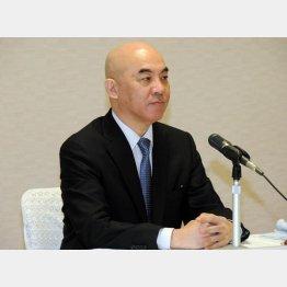 百田尚樹氏は「沖縄の2つの新聞つぶせ」(C)日刊ゲンダイ