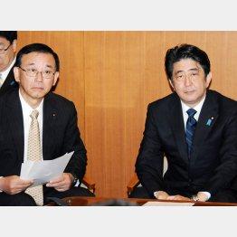 大慌ての安倍首相と谷垣自民党幹事長(C)日刊ゲンダイ