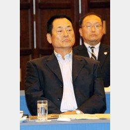 監督会議で仏頂面の中畑監督(C)日刊ゲンダイ