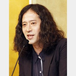 「火花」が芥川賞受賞で今やウハウハ?(C)日刊ゲンダイ