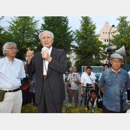 自らマイクを握った村山元首相(C)日刊ゲンダイ