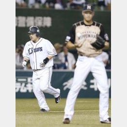 大谷(右)から満塁弾を放った中村(C)日刊ゲンダイ