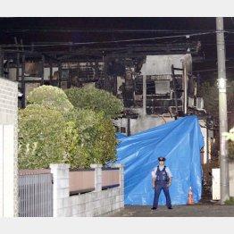 小型飛行機の墜落事故現場(C)日刊ゲンダイ