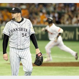 村田に走者一掃の二塁打を浴びたメッセンジャー