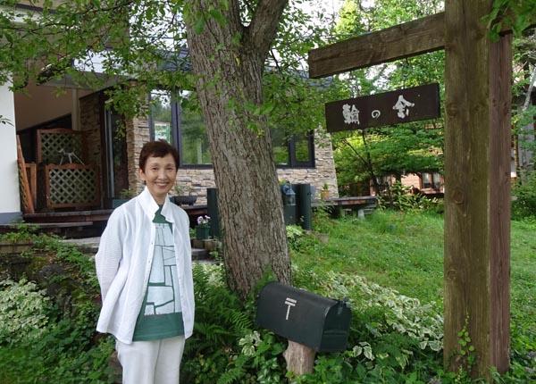 「レディース4」で20年サブ司会を務めた小林さん(C)日刊ゲンダイ