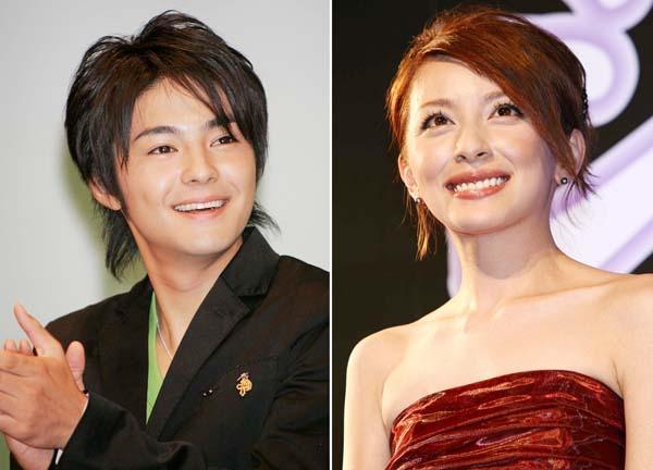 奥菜恵(右)と木村了(C)日刊ゲンダイ