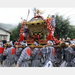 江戸時代から続く「湯澤神社例祭」(C)日刊ゲンダイ