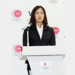寄付を訴える渡辺香生子(C)日刊ゲンダイ