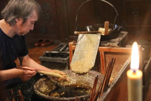 内子町は木蝋産業の中心地として栄えた(C)日刊ゲンダイ