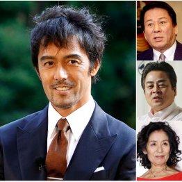 (左から)阿部寛、杉良太郎、立川談春、倍賞美津子(C)日刊ゲンダイ