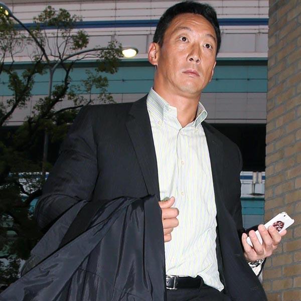 阪神監督に就任した金本氏(C)日刊ゲンダイ
