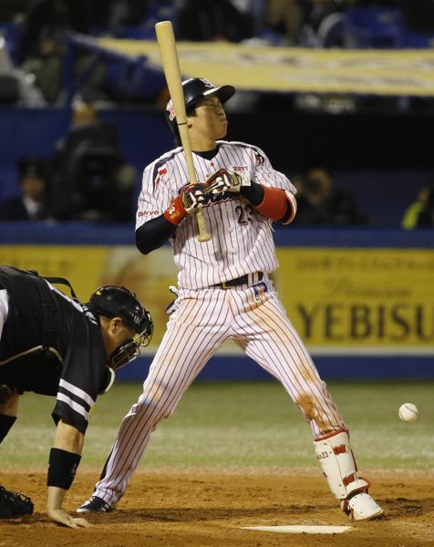 ヤクルト山田も第4戦は不発(C)日刊ゲンダイ